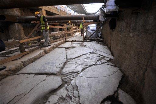 1116 В Салониках метростроители продолжают откапывать неожиданные артефакты