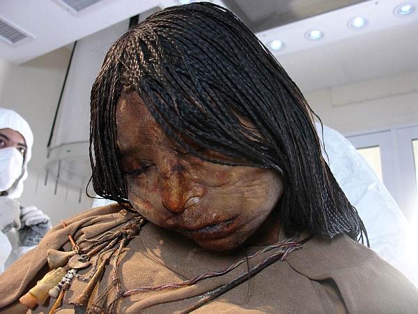 1136 Ученые поставили диагноз девушке, принесенной в жертву 500 лет тому назад