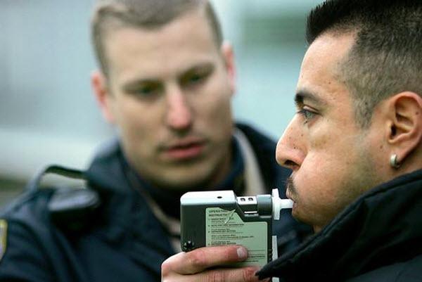 1151 В Голландии на автомобили алкоголиков установят специальные иммобилайзеры