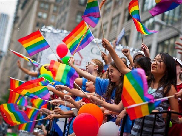 129969 В США 11-летних школьников будут обучать безопасному гомосексуализму