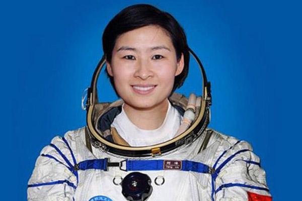 1316 Китай отправит в космос троих тайконавтов