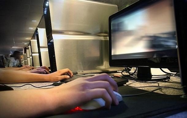 1364476172_762_depositphotos_4229139_s Кровавые сцены в фильмах и компьютерных играх не делают подростков жестокими