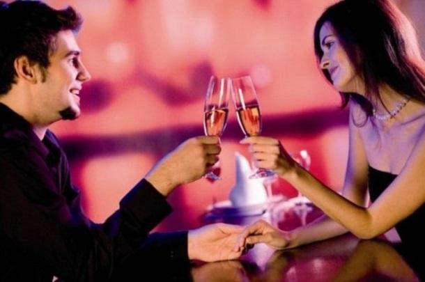1385411047_y_3362e1dd Психологи рассказали, как понравиться женщине на свидании