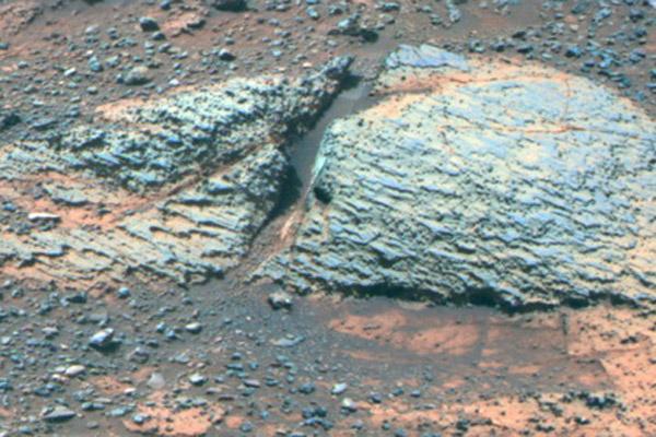 1413 На Марсе нашли следы водоемов пригодных для жизни