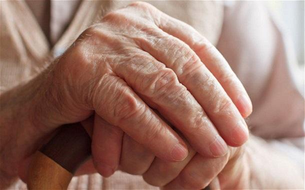 1413266221_bolezn-alcgeymera2 Ученые выяснили, из-за какой болезни чаще всего умирают женщины