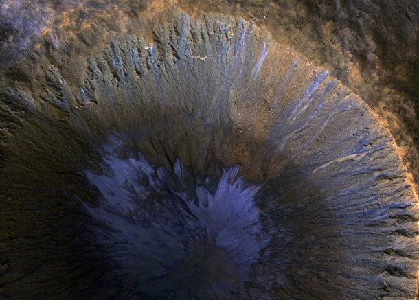 1492795207 Ученые выяснили, как на Марсе появилась вода