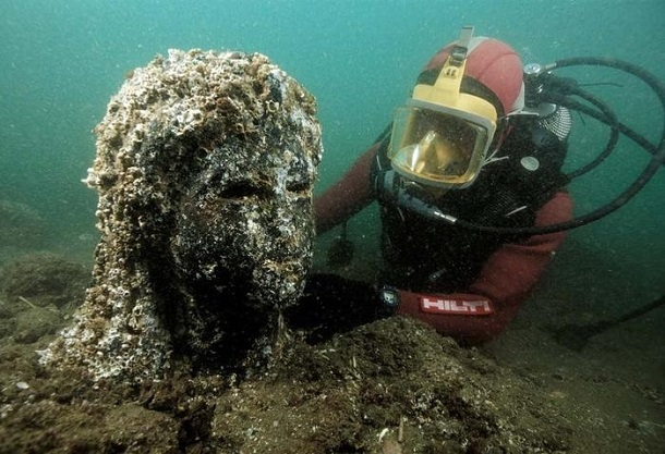 1538432 У берегов Египта ученые нашли остатки Атлантиды