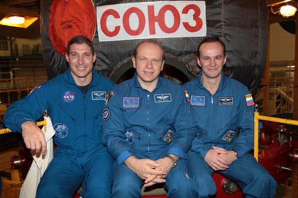 273 В Казахстане приземлился «Союз ТМА-10М»