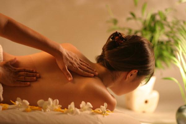 312 Массаж избавляет от болей в спине эффективнее, чем обезболивающие