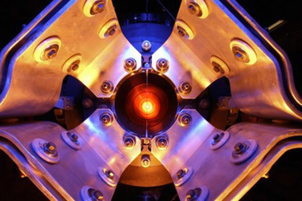 375 На 14000-тонном детекторе зарегистрировано первые нейтрино