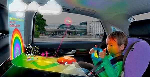 412 Пассажиров авто будут развлекать голограммы