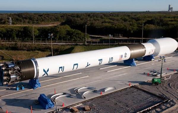 4c22e7eed4240a42930e933e02aa2c90 Компания SpaceX отложила запуск ракеты Falcon 9