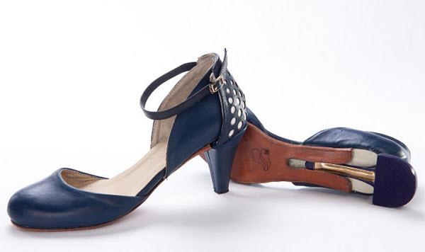 51 Новые туфли: один носок и много пяток