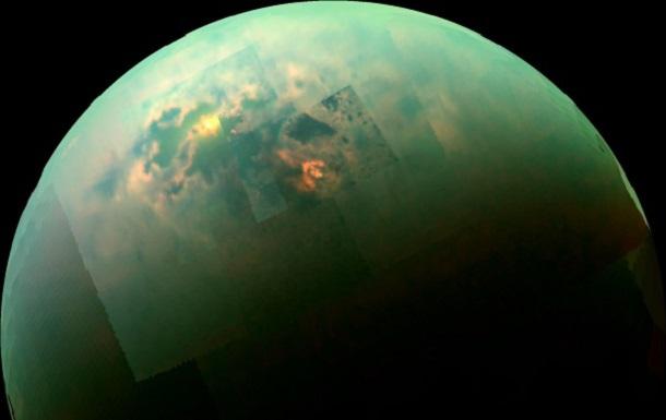 5ec0536edff3991a1e171dfdd65066da Космический зонд Cassini заснял, как солнечный свет отражается от поверхности Титана