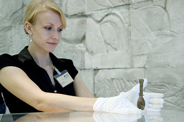 68 Древню царицу погубила любовь к увлажняющим кремам