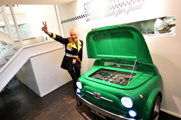 712 Представлен холодильник в стиле Fiat 500