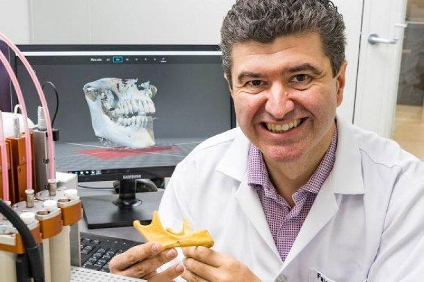 7288594-3x2-940x627 Ученые предлагают печатать зубы на 3D-принтере
