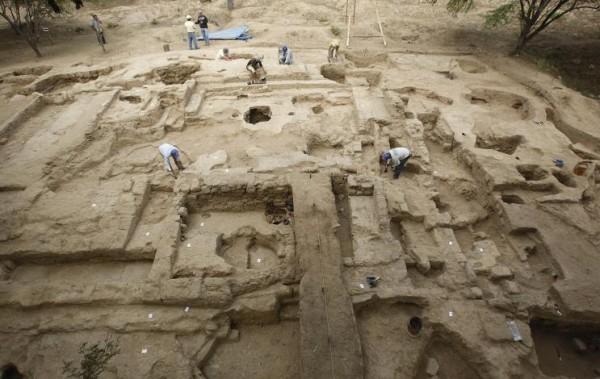8a27cdf82a494c2e5de63620e5729b46 В Перу обнаружен астрономический комплекс 2500-летней давности