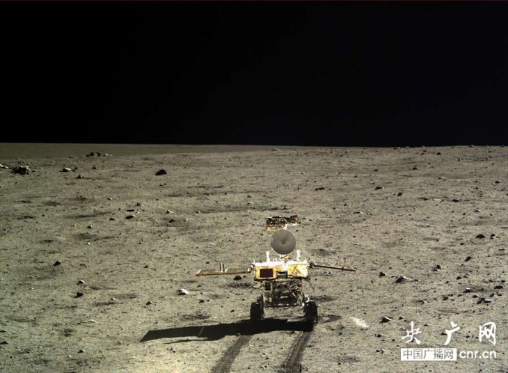 949 Китайский луноход провел анализ лунного грунта