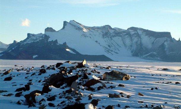 antarktida-les Россияне соорудят в Антарктиде новую установку для изучения космических лучей