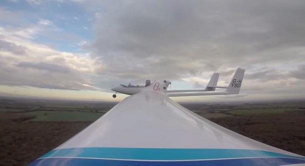 b91352b910ce1da4b6d1f4e8df8c0e5bffbc0100 Boeing создал первый в мире самолет с гибридной силовой установкой