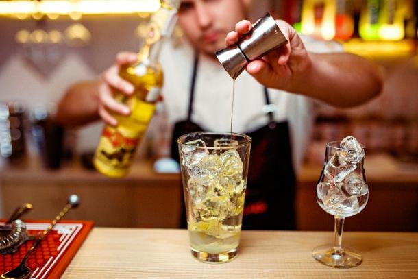 bar-jekyll-hyde-kiev-9 Ученые назвали главную опасность коктейлей из водки и энергетиков