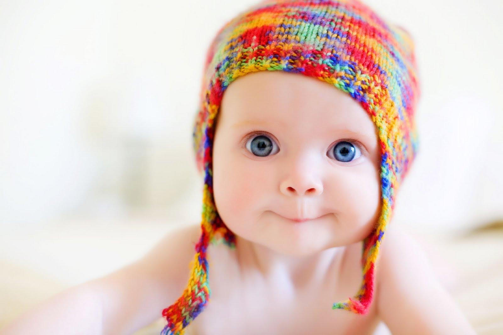 bebeklere-sedasyon-ile-guvenli-goz-muayenesi-0 Младенцы в 7 месяцев способны отличить родной язык от иностранного