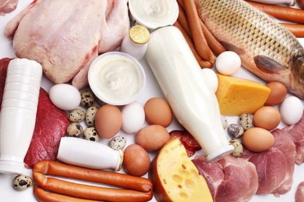 Белковая пища продлевает жизнь пожилым людям
