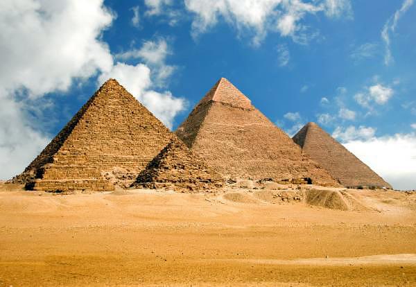 egyptian_pyramids Крупнейший в мире музей станет дополнением для египетских пирамид в Гизе