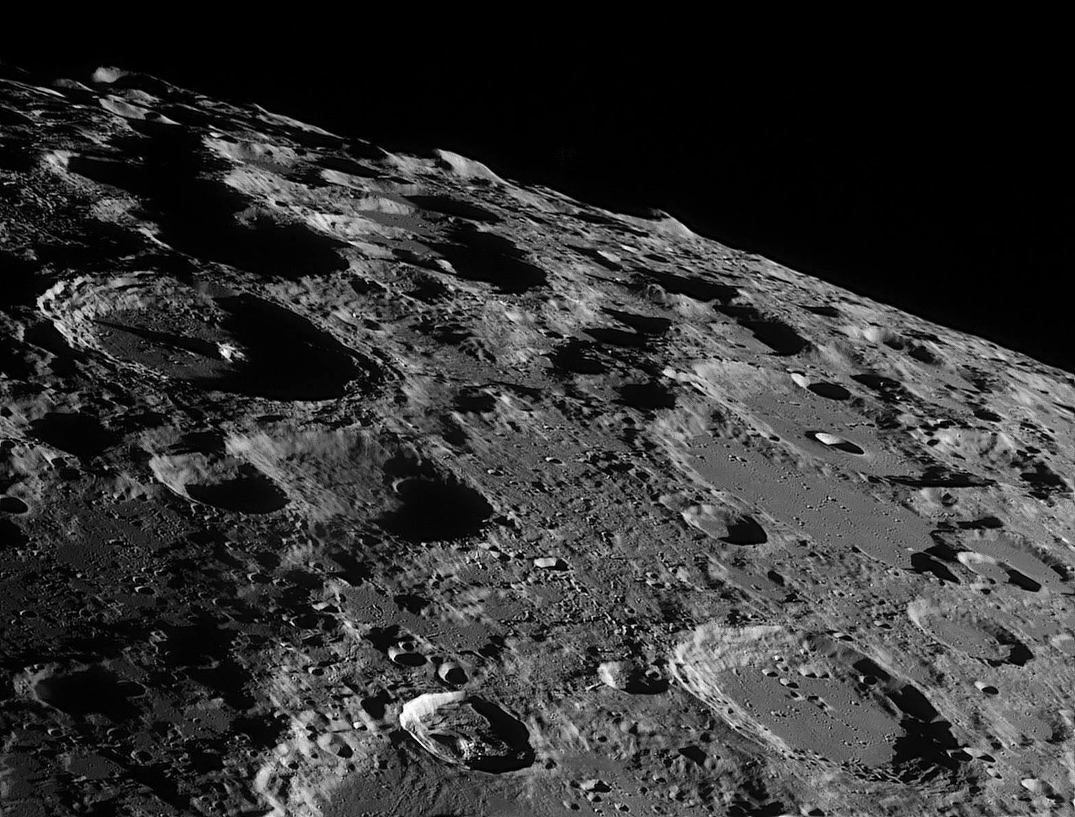 f0c09c90f9967a4072568952fea Роскосмос займется более детальным изучением Луны и Марса
