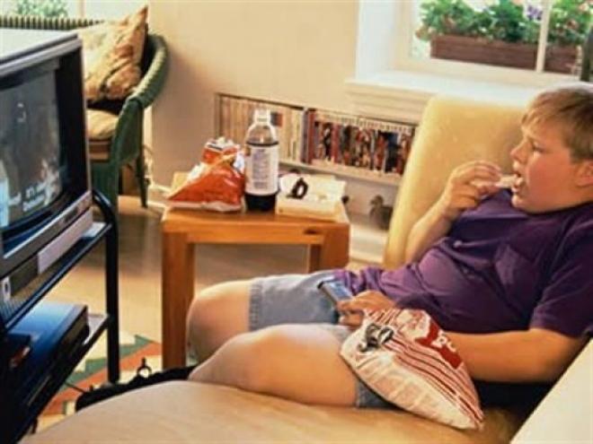 fotos_2310113856000000-small_660_495_s_c1 Угроза ожирения у детей со строгими родителями выше