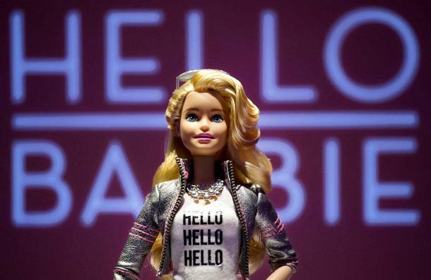 hello-talking-barbie Куклу Барби научили разговаривать с детьми