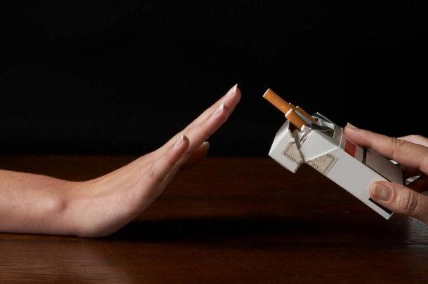 kurenie Курение убивает полезные бактерии во рту