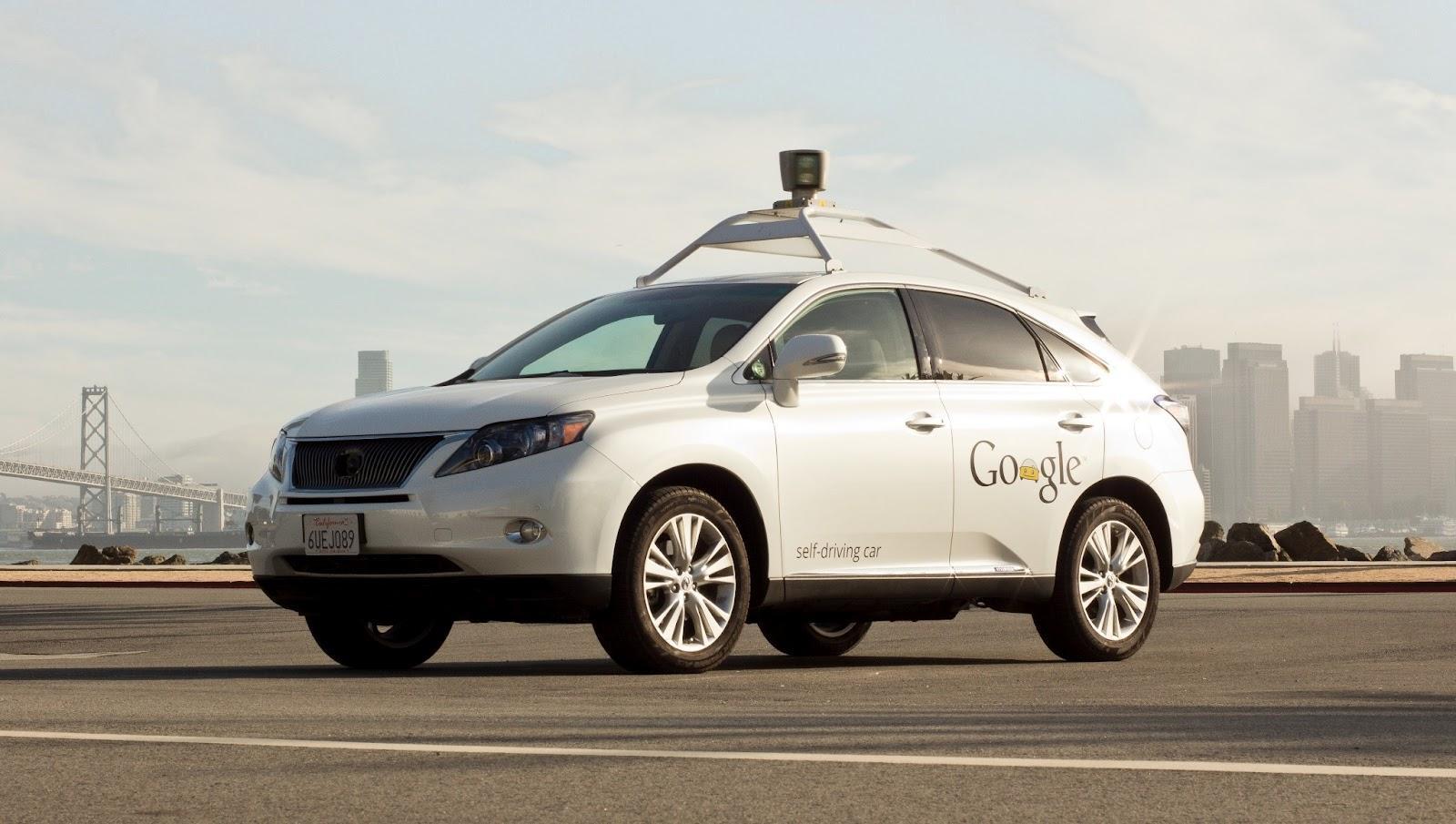 Робомобиль Google прошел испытание в городских условиях