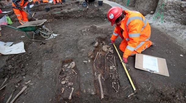 london_ostanki_3 В Лондоне археологи собираются раскопать большое захоронение жертв Великой эпидемии чумы