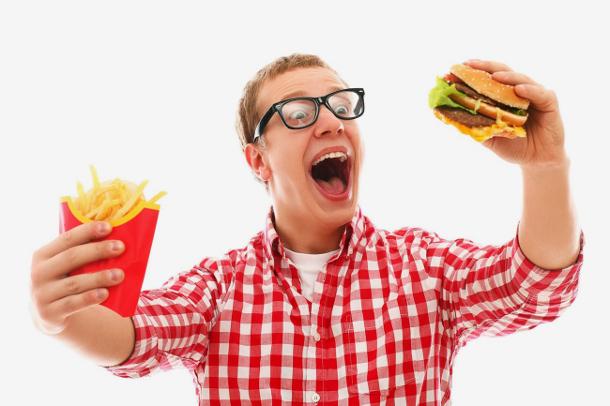 man-with-junk-food Продукты с ГМО вызывают импотенцию у мужчин