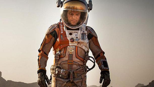 matt-damon-in-martian Российские ученые могут помочь американцам разработать костюм для прогулок по Марсу