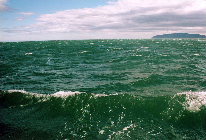 okhotskoe_more Россия инициирует поиски в Охотском море затопленного 27 лет назад генератора
