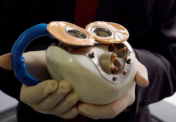original_4363f069aec1cc2e1c3918e716eda685 Испытания искусственного сердца на людях пока не дают положительного результата