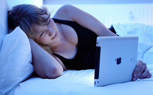 pad Использование iPad перед сном может вызвать рак