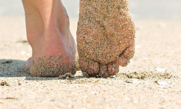 pesok Песок на пляже может быть чрезвычайно опасен