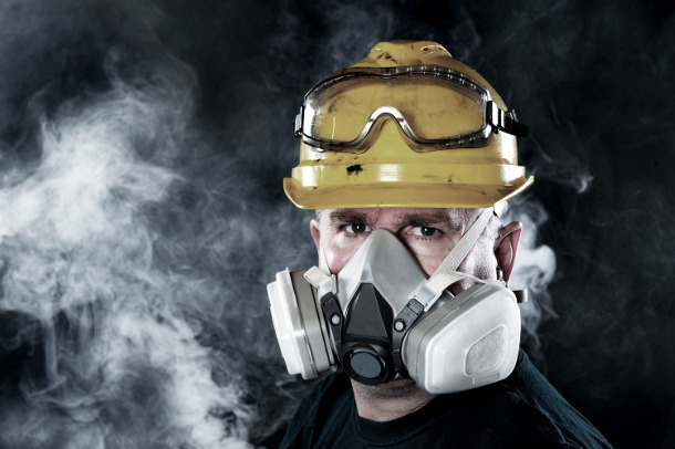photodune-2488508-man-wearing-respirator-l.jpg