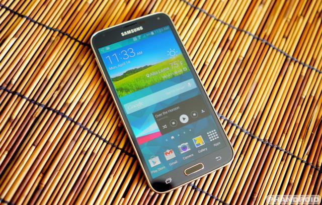 qdqwfd Samsung выпустил модификацию Galaxy S5 с разрешением экрана 2600х1440 пикселей