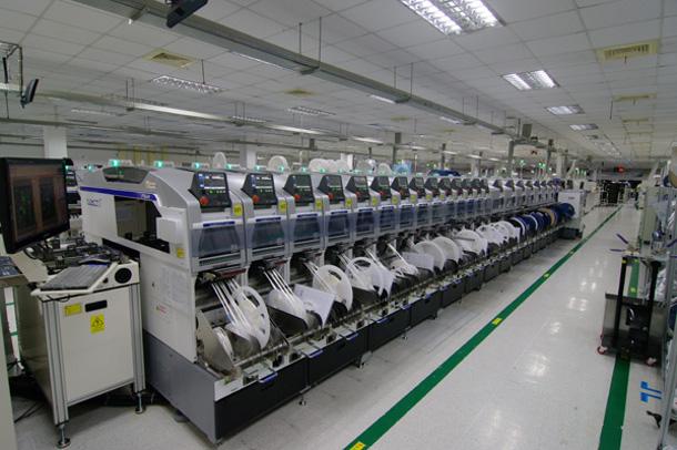 rob В Китае откроют завод, на котором 90% работников — роботы