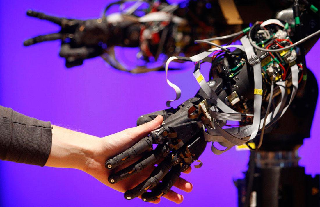roboty-foto-17 Ученые прогнозируют замену офисного планктона роботами гуманоидами уже через 5 лет