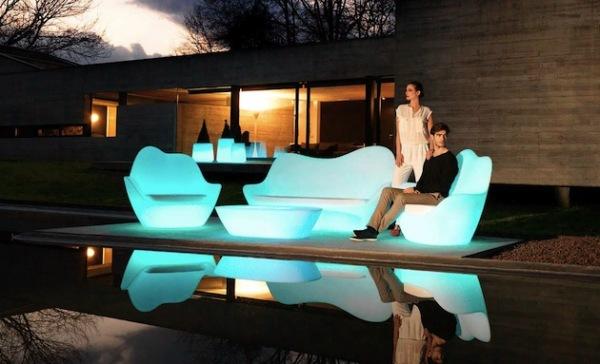 sabinas_01 Уличная мебель будет светиться