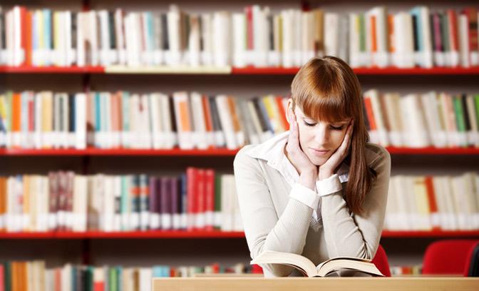 shutterstock_94325839rs Студенты из СПб не хотят сами писать дипломы