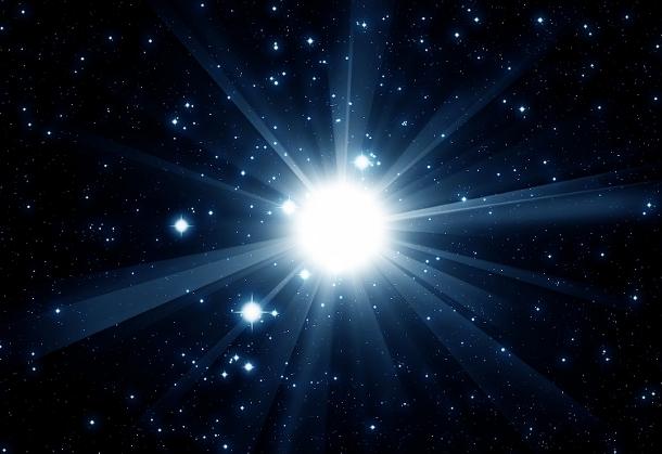 supernova Астрономы нашли звезду ярче всей нашей Галактики