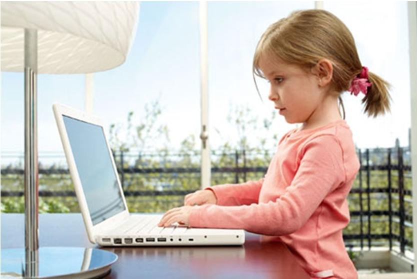 Ученые назвали заболевания, появляющиеся у детей от чрезмерного просмотра телевизора и увлечения компьютерными играми