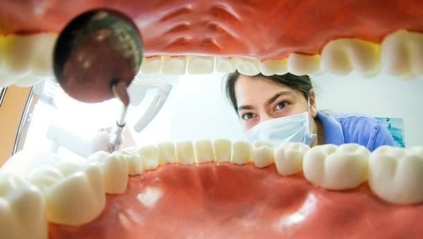 xw_1035867 В Индии 7-летнему мальчику удалили 80 зубов